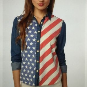 URBAN OUTFITTERS BDG | Small Button Down Flag